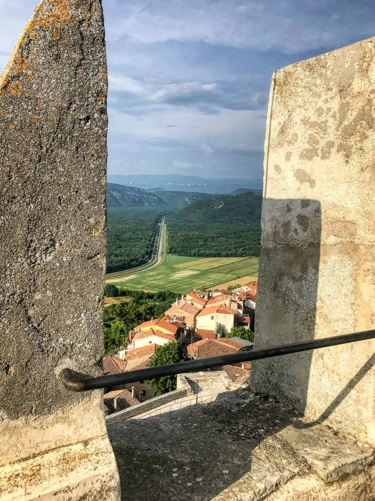 Motovun-city-walls