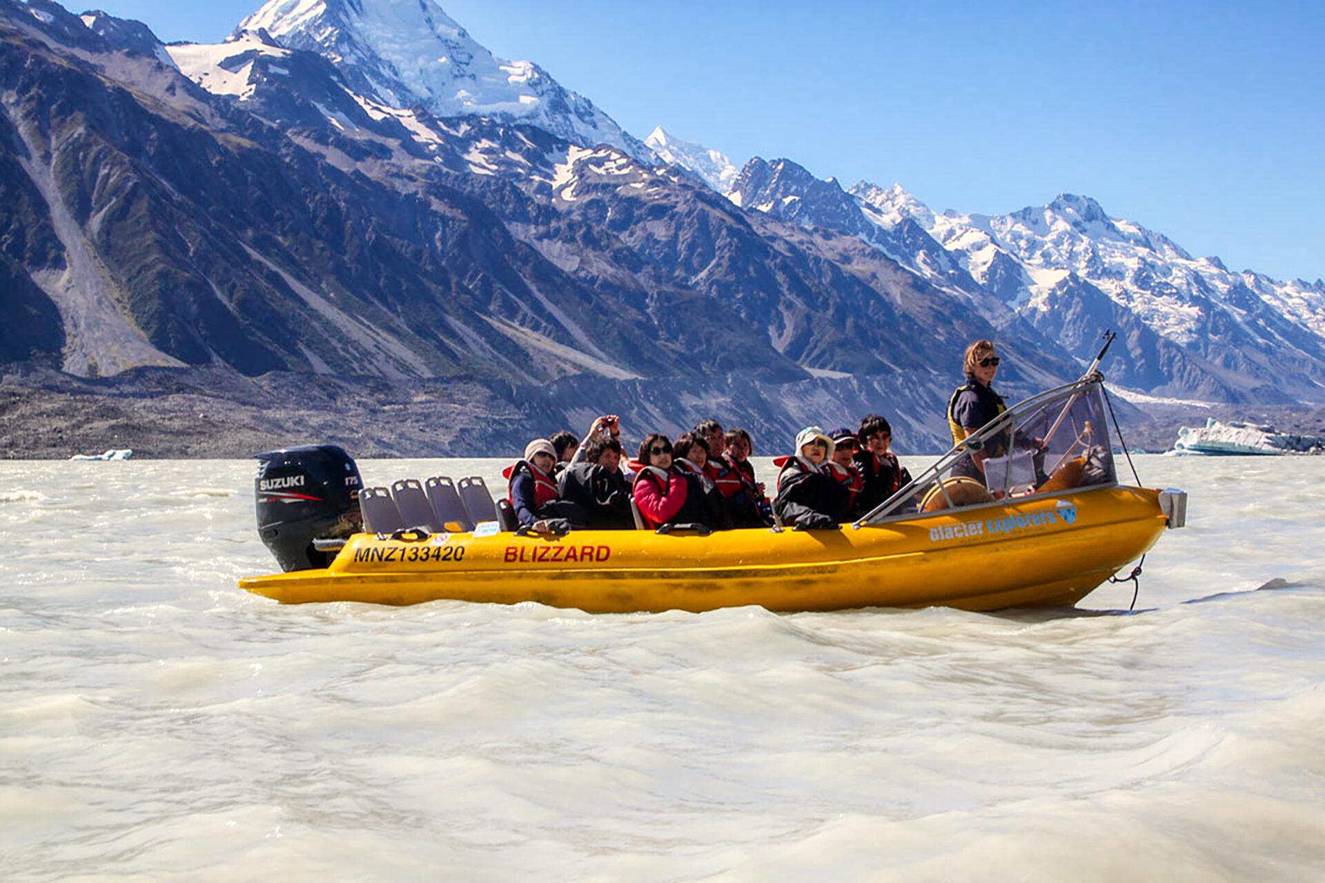 Glacial-lake-boat-ride